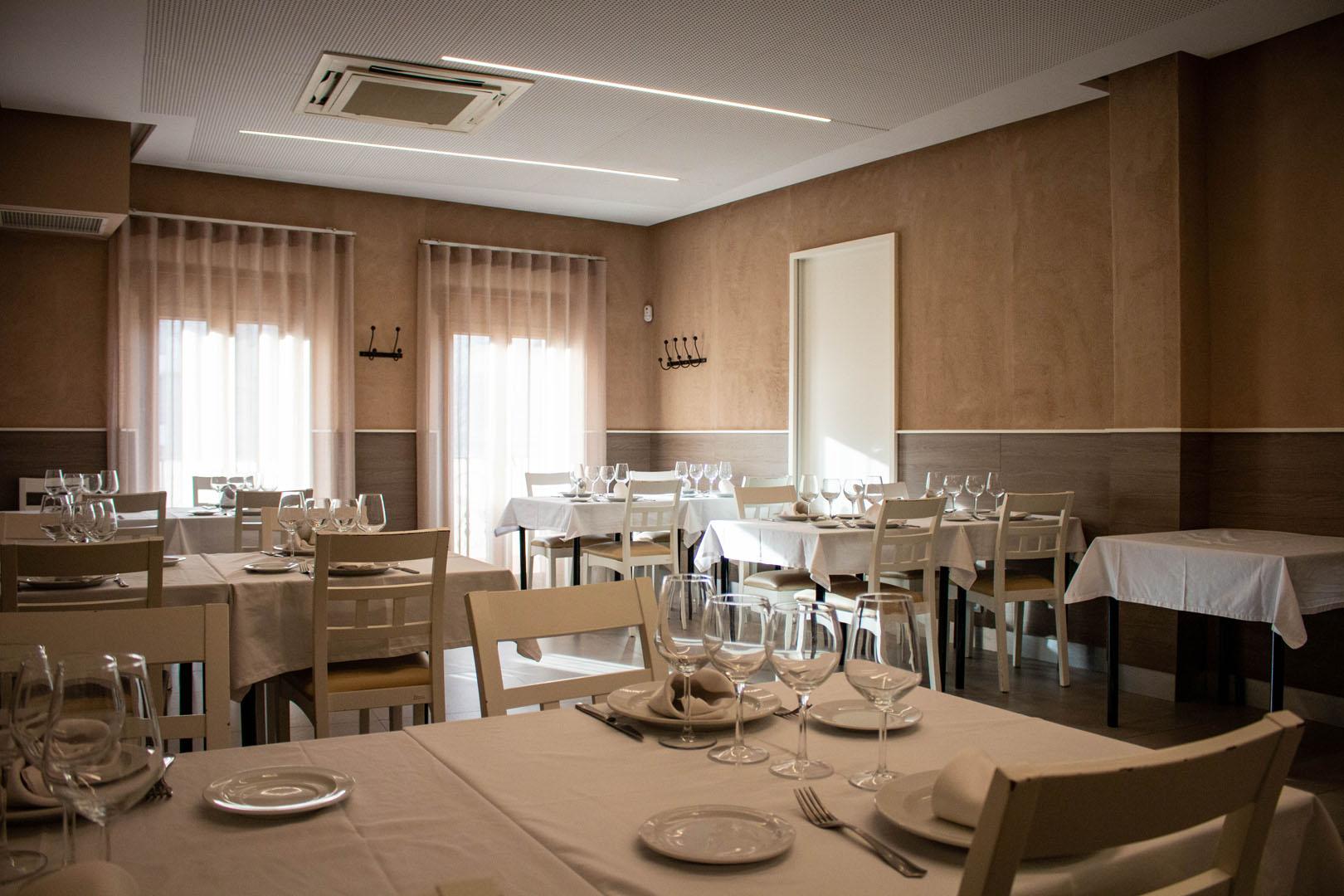 salones restaurante español