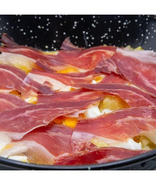 sarten-de-migas-con-huevos-rotos (1)